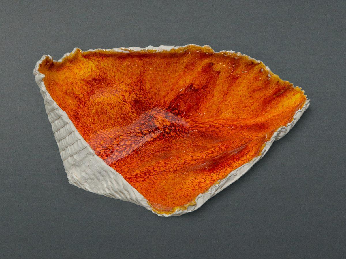Porzellanfantasy farbig / BxTxH = ca. 15x8x9 cm